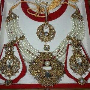 Traditional 4pcs designer bridal jewlery set